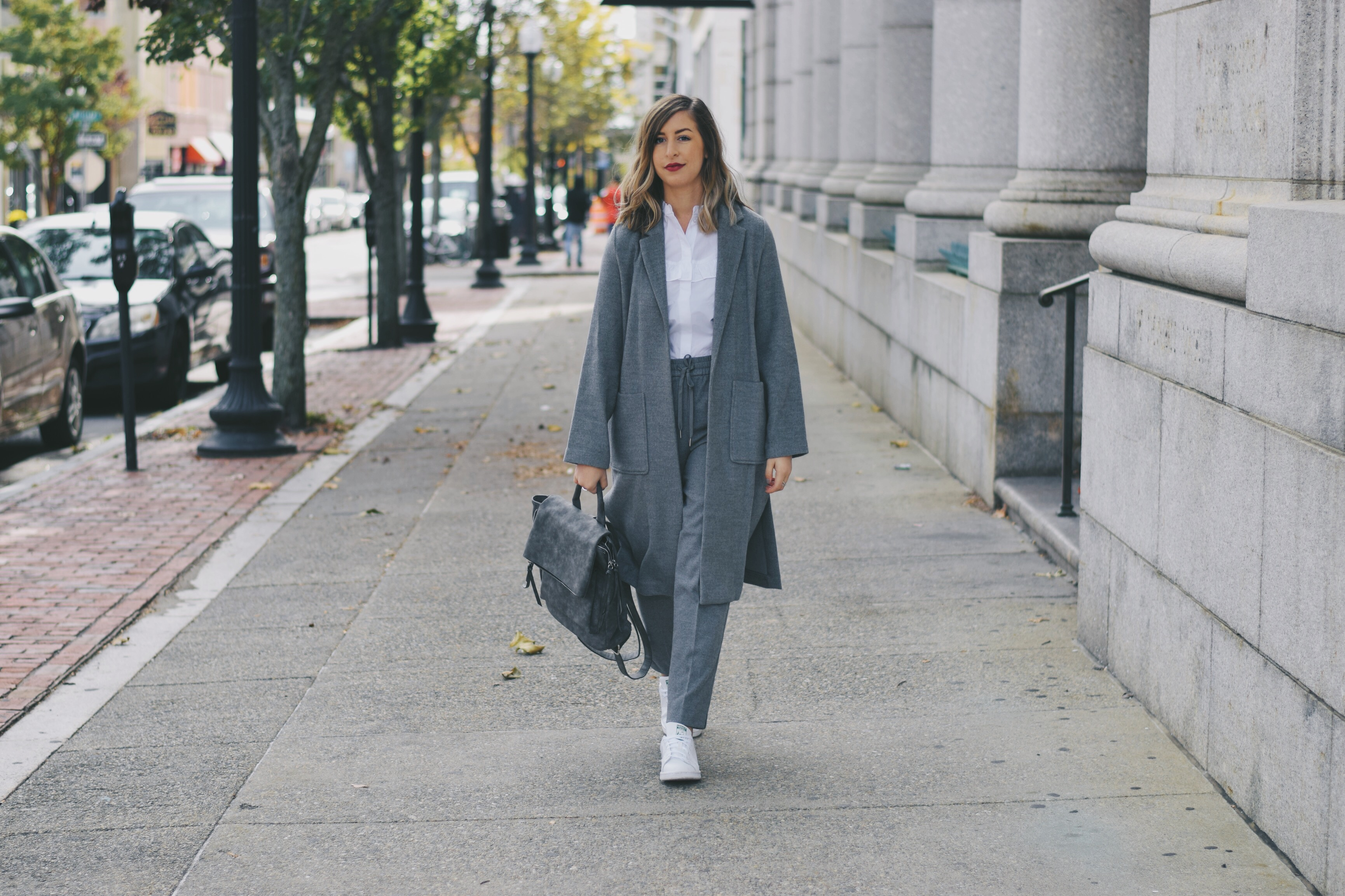 keeping it comfortable and casual in an athleisure outfit